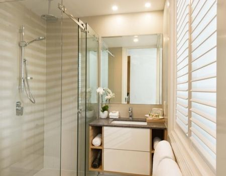 Luxury-Room-Apartments-Airlie-Beach-1