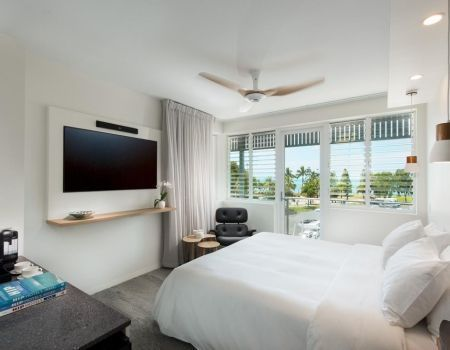 Luxury-Suite-Apartments-Airlie-Beach-6